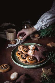 Valspar, Donuts, Stuffed Mushrooms, Food And Drink, Cookies, Baking, Vegetables, Drinks, Christmas