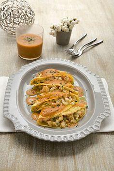 Crespelle di ceci con gamberoni Un'alternativa alle classiche crespelle con farina di grano è la farina di ceci. Ottimo l'abbinamento con i ...