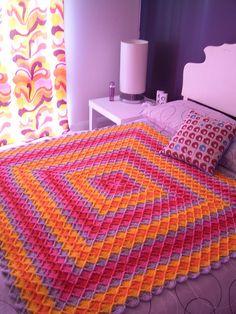 Crochet Blanket: free pattern ༺✿ƬⱤღ  https://www.pinterest.com/teretegui/✿༻