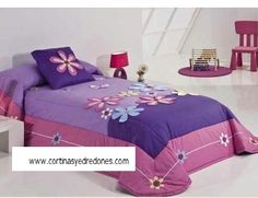 Edredon Bed Cover Design, Happy Flowers, Applique Designs, Handmade Flowers, Bed Covers, Fabric Flowers, Bed Sheets, Baby Room, Comforters