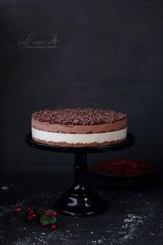 Cafe Amaretto: Tort czekoladowo-chałwowy z pierniczkami