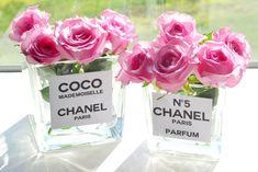 De laatste tijd vind je op verschillende blog van die leuke Chanel vaasjes! Ik had nog wat ruimte in mijn woonkamer, dus besloot ik ze ook te maken! Ik vind het namelijk altijd heerlijk om b...