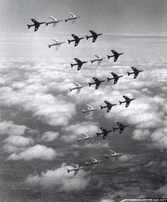 Black Arrows Hawker Hunter The world record formation. Air Force Aircraft, Navy Aircraft, Military Jets, Military Aircraft, English Electric Canberra, South African Air Force, Fixed Wing Aircraft, Swiss Air, Airplane Photography