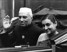 Prime Minister Nehru with his daughter and then future PM Indira Gandhi. Later her son Rajiv Gandhi became PM and now his grandson is itching to 'serve the masses' or as we say in India the 'mango people. Essay Writing Competition, Khadi Kurta, First Prime Minister, Jawaharlal Nehru, Indira Gandhi, India Independence, History Of India, Strong Faith, Short Essay