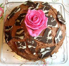 Keittiö ja puutarha: Suklaakakku