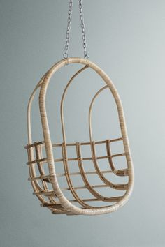 Hanging Egg Chair | www.graceandgloryhome.co.uk