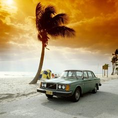 Surf's up! Volvo 244 GL offered 'that something extra' with its luxurious accessories