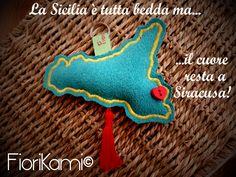 Portachiavi Souvenir di Siracusa, Sicilia.  by FioriKami©