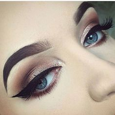 Find images and videos about beauty, makeup and eyes on We Heart It - the app to get lost in what you love. Kiss Makeup, Cute Makeup, Gorgeous Makeup, Makeup Art, Hair Makeup, Makeup Goals, Makeup Inspo, Makeup Inspiration, Makeup Tips