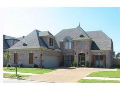 Luxury Home Has Amazing Exterior Design - plan #087D-1404 | houseplansandmore.com