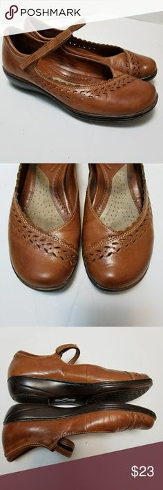 Michel M...Shoes Women 7M Brown Leather Mary Jane Great pre-owned condition but has a tear in the lining. (See photo) Michel M... Mary Jane flats in brown  Size 7 Hook and loop closure  My home is smoke free and pet free. Michel M... Shoes Flats & Loafers