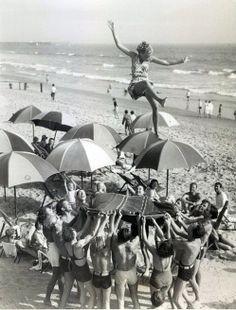 1936. les congés payés.