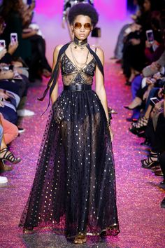 Elie Saab Spring 2017 Ready-to-Wear: What a lovely dress! Of course the dress is in the midnight blue as seen with other looks from the collection. I like the dot pattern mixed with the embroidered lace on the bodice.