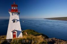 Photo of the Boar's Head lighthouse overlooking the vast Bay of Fundy and scenic Digby Neck in Nova Scotia.