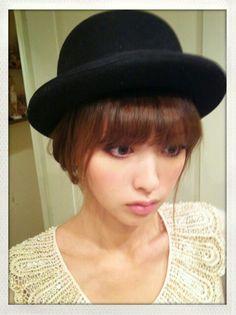 #鈴木えみ Red Ombre Hair, Red Hair, Ash Brown Hair, Japanese Models, Brunette Hair, Balayage Hair, Asian Fashion, Fashion Models, Beautiful