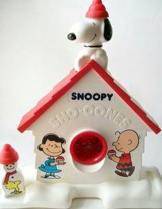 Snoopy snow cone maker