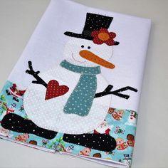 Applique Towels, Embroidered Towels, Felt Applique, Applique Patterns, Applique Quilts, Christmas Quilt Patterns, Christmas Sewing, Fabric Crafts, Sewing Crafts