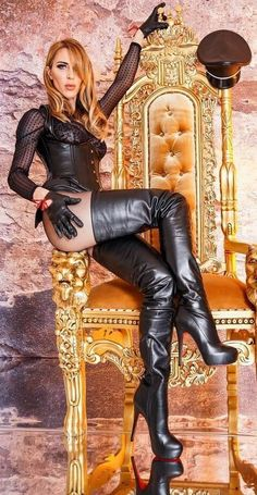 """""""Get on your hands & knees at my feet Mark Shavick"""" – Boots 2020 Sexy Stiefel, Crotch Boots, Thigh High Boots Heels, Thigh High Leather Boots, Womens Thigh High Boots, High Heels, Leather Dresses, Sexy Boots, Leather Gloves"""