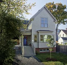 Roughly 1000 sq.ft. smaller than the average American home, this traditionally inspired project by Anne Callender of Whipple-Callender demonstrates lessons in practical planning. It's also Fine Homebuildings 2014 Best Small Home of the year.  Read more: http://www.finehomebuilding.com/item/71804/5-small-home-plans-to-admire#ixzz42n9XphC9  Follow us: @fhbweb on Twitter | FineHomebuildingMagazine on Facebook