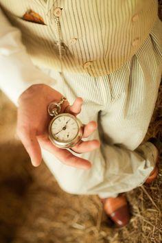 e6180e4e2 Pocket watch love: love the vintage styling // tyler boye photography  Creative Wedding Inspiration