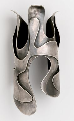 "Art Smith (American, 1917–1982). ""Lava"" Bracelet, circa 1946. Silver, 2 1/2 x 2 5/8 x 5 3/4 in. (6.4 x 6.7 x 14.6 cm). Brooklyn Museum, Gift of Charles L. Russell, 2007.61.16"