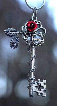 Rose key necklace ♥