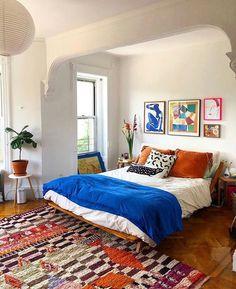 Living Room Decor, Bedroom Decor, Inside A House, Master Bedroom Interior, Home Comforts, Dream Decor, House Rooms, Apartment Living, Decoration