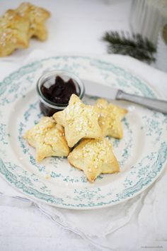 Sternen Marzipan Scones mit Orangennote und ein ausdruckbarer Gutschein für das Zucker, Zimt und Liebe Backbuch