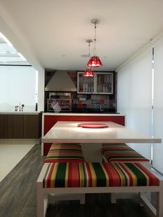 20 Hostel, Dining Room Table, Boy Room, Future House, Home And Garden, Interior Design, Wood, Modern, Furniture
