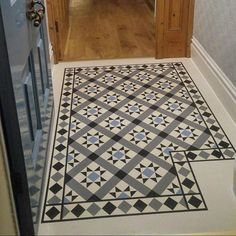 Installation photos provided by our client @NaturalBornFlooring by their fitter @bow_flooring of our design RD101 with RDB205 borders and corners to match. Looks great down. Job well done and hopefully the end user is happy with the end product.  #marmoleum #debruyns #design #flooring #porch #hallway #victorian #victoriantiles #tiles #squares #triangles #strips #marmoleumsheet #forbomarmoleum #flooringdesign