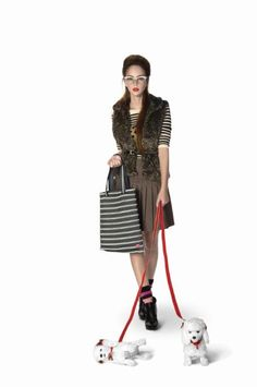 The Campus tote bag fits all your fashionista needs!