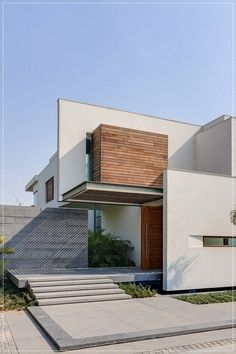 Best Ideas For Modern House Design & Architecture : – Picture : – Description DADA Partners have designed the House in Chhatarpur, New Delhi, India. Architecture Design, Beautiful Architecture, Residential Architecture, Contemporary Architecture, Contemporary Decor, India Architecture, Minimal Architecture, Contemporary Houses, Pavilion Architecture