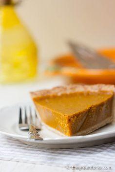 Vegan Pumpkin Pie @ TheGreenForks.com