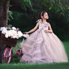 2018 Amazing Backless Ball Gown Flower Girl Dresses For Wedding Beaded Tiered Pageant Gowns Appliqued First Holy Communion Dresses Dresses Online Graduation Dresses From Sweet Life, $94.3| Dhgate.Com Girls Pageant Dresses, Pageant Gowns, Party Gowns, Little Girl Dresses, Homecoming Dresses, Sexy Dresses, Graduation Dresses, Kids Formal Wear, Baby In Wedding Dress
