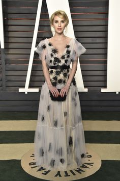 Pin for Later: 23 Modest Oscars Looks That Prove Covered Up Can Be Sexy Too Emma Roberts The actress was as pretty as a princess in a poufy white-and-black gown by Yanina Couture. Modest Dresses, Formal Dresses, Long Dresses, Oscar Fashion, Emma Roberts, Teen Vogue, Red Carpet Looks, Red Carpet Dresses, Red Carpet Fashion