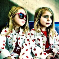 Bea Åkerlund's lovely twins dressed in hearts from head-to-toe. We love it!