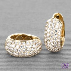 """Talto"" with lots of sparkling diamonds. The highlight of all earrings. #highlight #talto #gelbgold #diamanten #brillanten #diamantschmuck #kolletktion #yorxs"