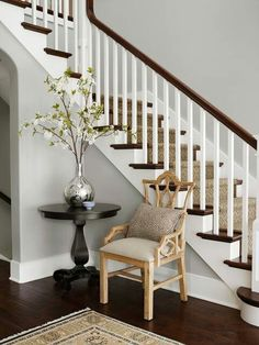 Beautiful foyer table + centerpiece #foyer #wainscoting #design #craftsman explore wainscotingamerica.com