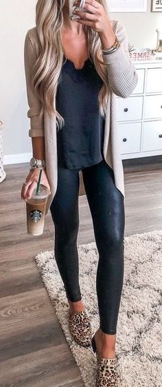 Women Clothing Fall Outfits to Shop Now Vol. 4 / 050 2018 Women ClothingSource : Fall Outfits to Shop Now Vol. 4 / 050 2018 by sgastl Mode Outfits, Casual Outfits, Fashion Outfits, Womens Fashion, Women's Casual, Fashion Ideas, Ladies Fashion, Dress Casual, Casual Shoes