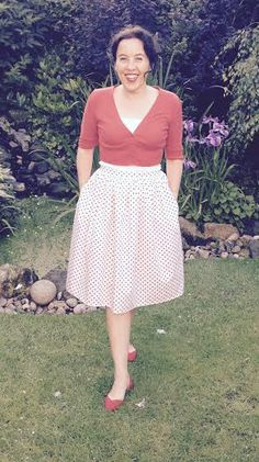 Lisa's Clemence skirt with pockets!