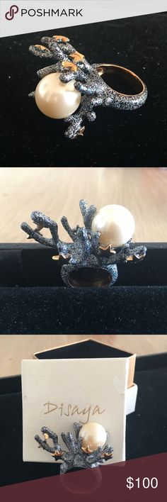 STATEMENT RING - Very Cute, sparkly and quality 1 inch tall, eye-catching - MAKES A STATEMENT!  Gorgeous details! disaya Jewelry Rings