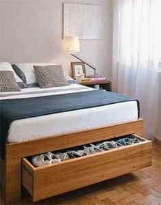 Bed Frame with Storage is the most favorite design in this year. People like this bed design because it has two functions, not only as the bed Furniture, Space Saving Bedroom, Bed Design, Home Bedroom, Home Decor, Under Bed Shoe Storage, Bed Frame With Storage, Small Bedroom, Interior Design