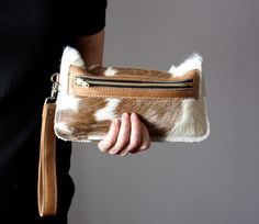 Spotted Cowhide clutch, Cat clutch, hair on hide clutch, unique leather clutch, . Leather Clutch Bags, Leather Purses, Leather Handbags, Leather Bags Handmade, Leather Craft, Purses And Handbags, Cheap Handbags, Luxury Handbags, Blue Handbags