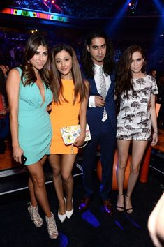 March 29: Ariana with Daniella Monet, Avan Jogia and Zoey Deutch at the 2014 Kids Choice Awards