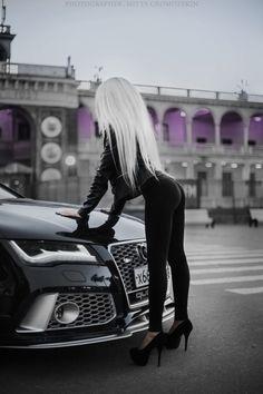 Auto Girls, Car Girls, Sexy Cars, Hot Cars, Sexy Autos, Motard Sexy, Car Poses, Bmw Girl, Vintage Jeep