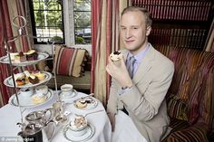 William says that when it comes to the pronunciation of scone it is always 'skon' and never 'skone'