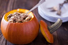 This ground beef dinner in a pumpkin is is not only easy to make, it's also a kid friendly dinner that will have your little ones begging for more! A Pumpkin, Pumpkin Recipes, Fall Recipes, Holiday Recipes, Pumpkin Dishes, Cheap Recipes, Recipes Dinner, Holiday Ideas, Healthy Cooking