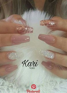 How to choose your fake nails? - My Nails Fancy Nails, Trendy Nails, Cute Nails, Best Acrylic Nails, Acrylic Nails With Glitter, Glitter Gel Nails, Rose Gold Nails, Gradient Nails, Gold Nails