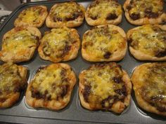 beef and cheese appetizers in brownie pan  http://www.facebook.com/cookingwithjenk   http://pamperedchef.biz/jenkunkel