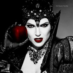 Awesome Evil Queen Regina (Lana) #Once #S4                                                                                                                                                                                 More